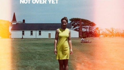 "Nouveau titre d'Aaron Taos, ""Not Over Yet"""