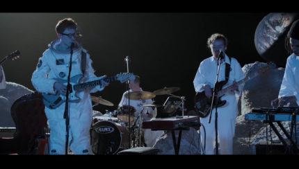 Session live on the moon par King Krule