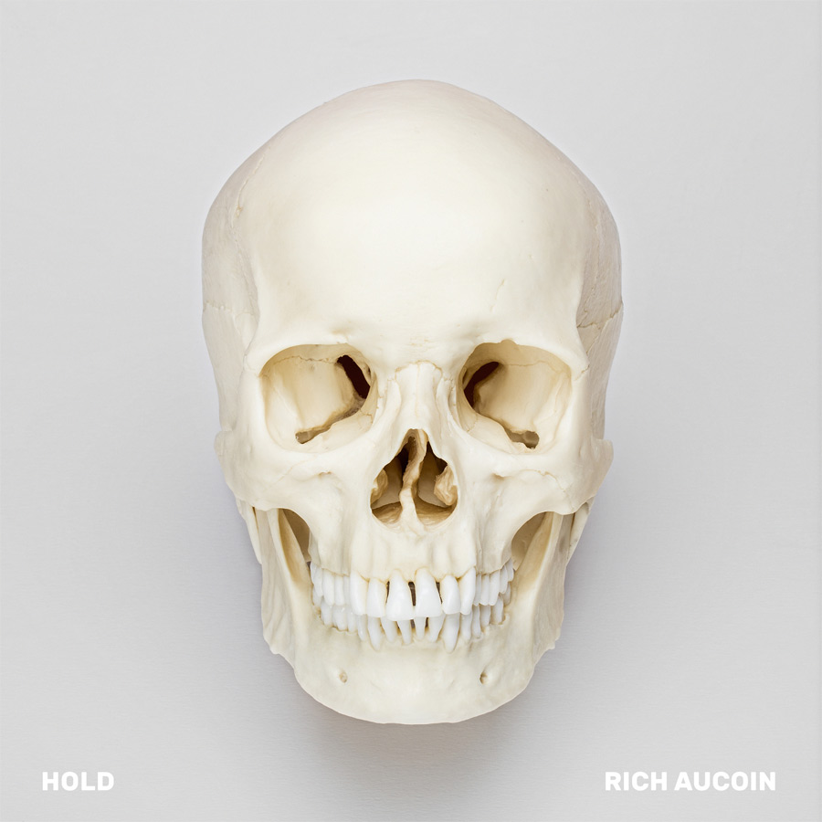 Hold EP de Rich Aucoin